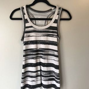 Nike racer back tank top size small